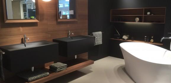 Sanitär – und Badezimmer Möbel