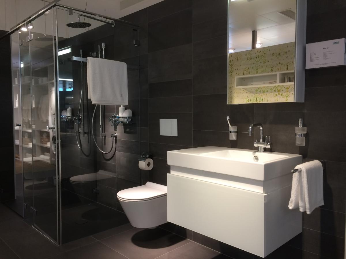 Wonderful Badezimmer Sanitär : Sanit?r Und Badezimmer M?bel Schreiner Service Gmbh
